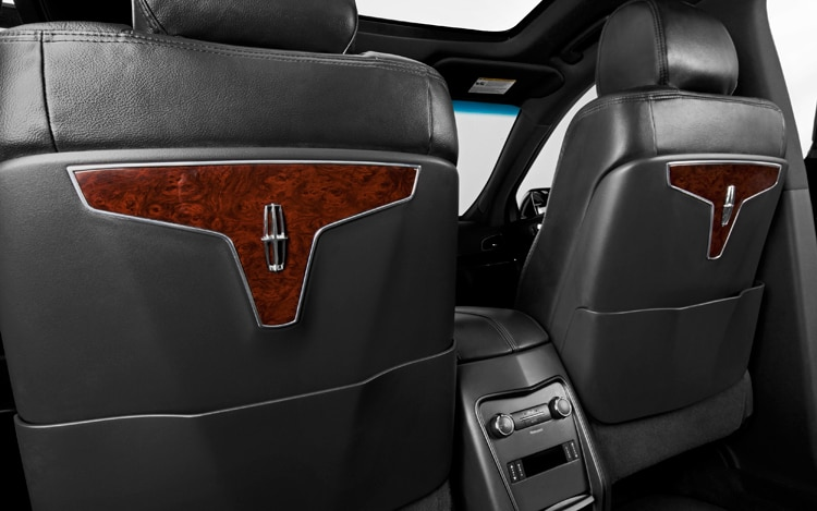 2011 Lincoln MKT Town Car Seatbacks
