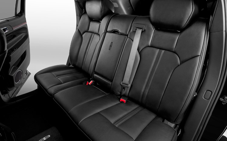 2011 Lincoln MKT Town Car Rear Seats