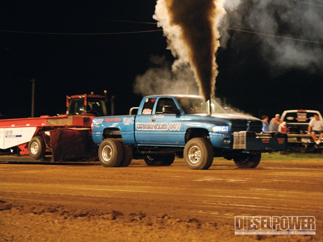 Illinois Tractor Pulling Association - Midwest Tour: Stop Four Photo