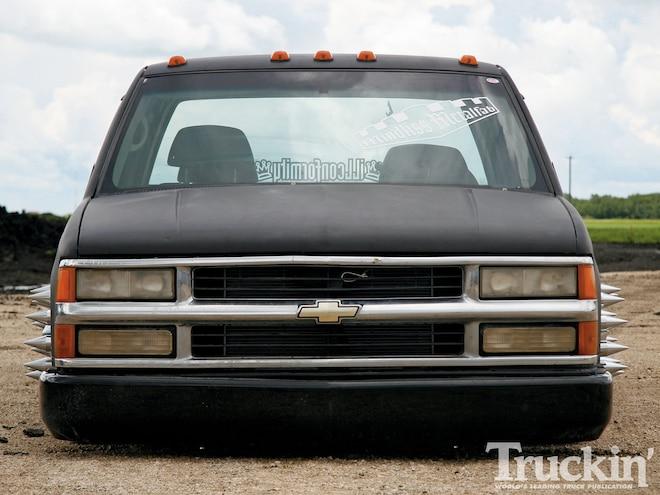 2000 Chevy C3500 - Chevy 454 Engine - Truckin' Magazine