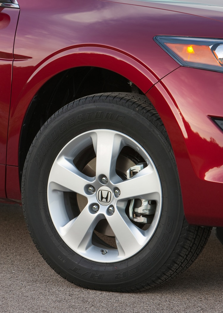 2011 Honda Accord Crosstour Wheel And Tire View