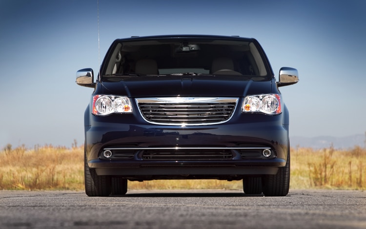 2011 Chrysler Town And Country Touring Front End