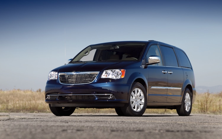 2011 Chrysler Town And Country Touring Front Three Quarters