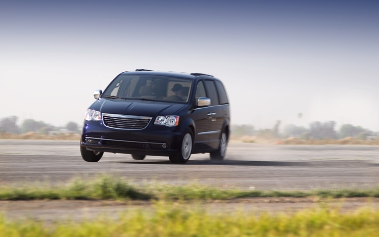 2011 Chrysler Town And Country Touring Front Turn In Motion