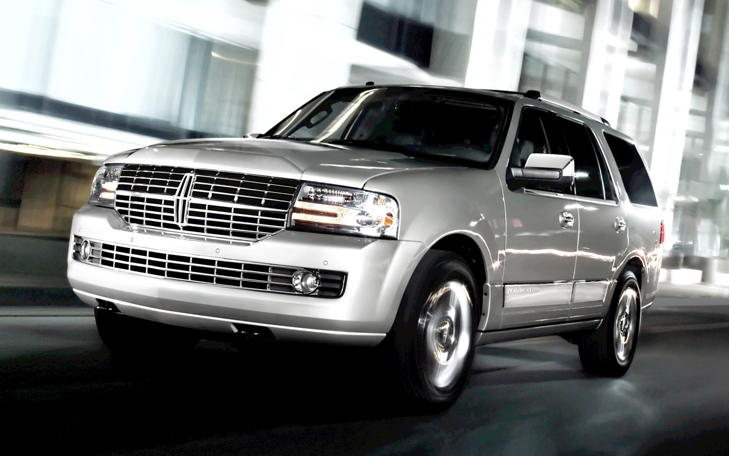 2012 Lincoln Navigator Photo Gallery