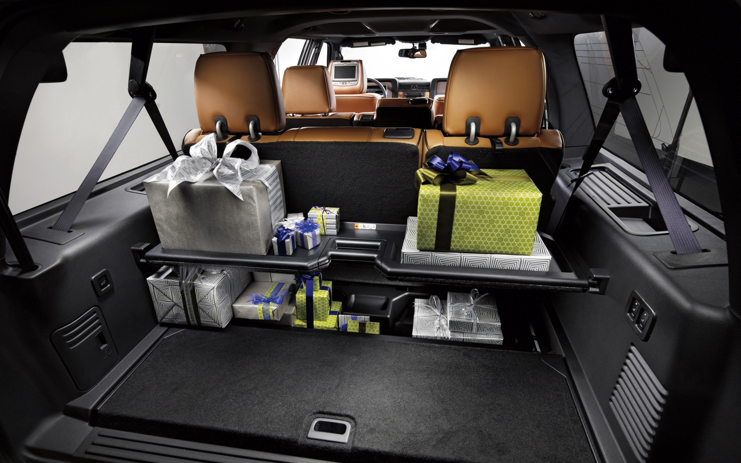 2012 Lincoln Navigator Rear Interior Cargo