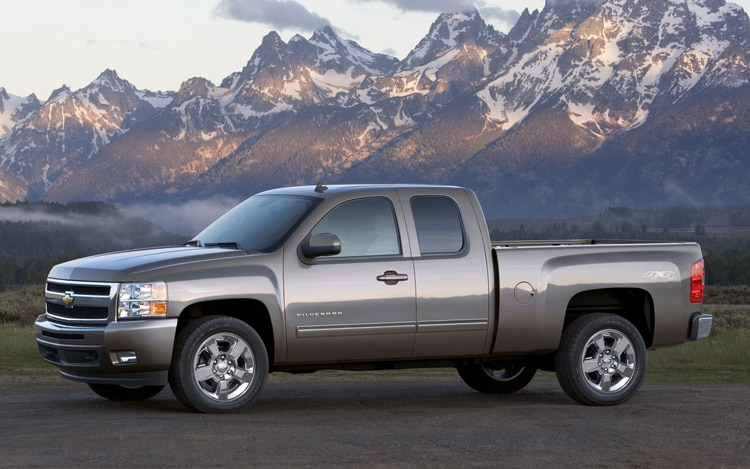 2011 Chevrolet Silverado 1500 Extended Cab Side View