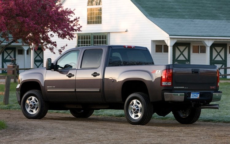 2011 GMC Sierra 2500 HD Rear Drivers Three Quarter View