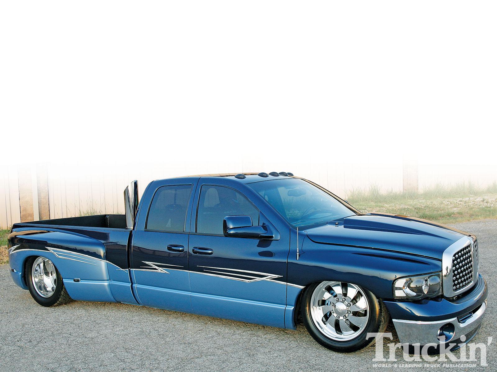 2005 Dodge Ram 3500 5 9l Cummins Diesel Engine Truckin Magazine