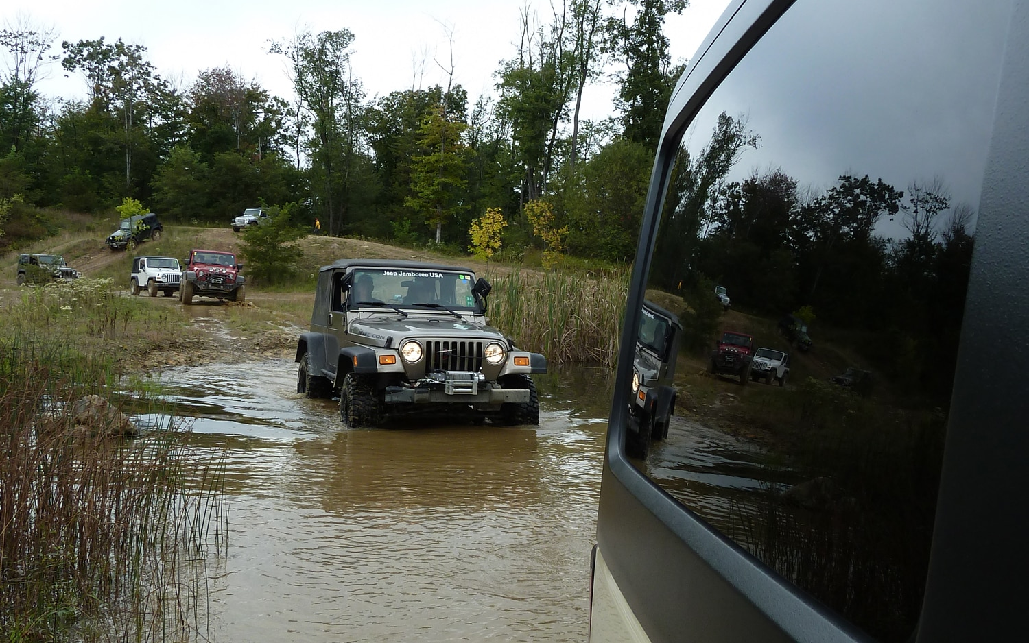 2011 Jeep Jamboree Jeeps Crossing The River