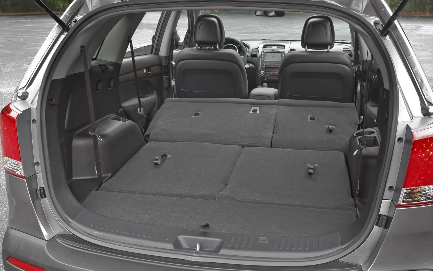 2012 Kia Sorento Extra Trunk Space