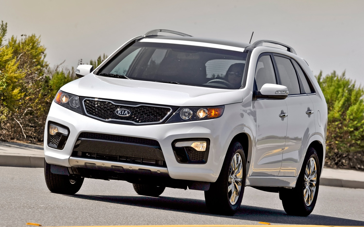 2012 Kia Sorento Front Left View 3