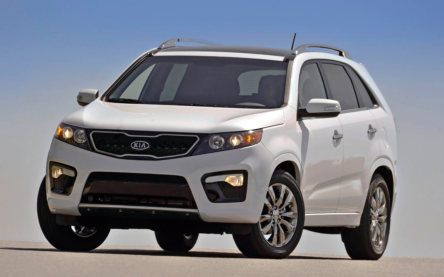 2012 Kia Sorento Front Left View