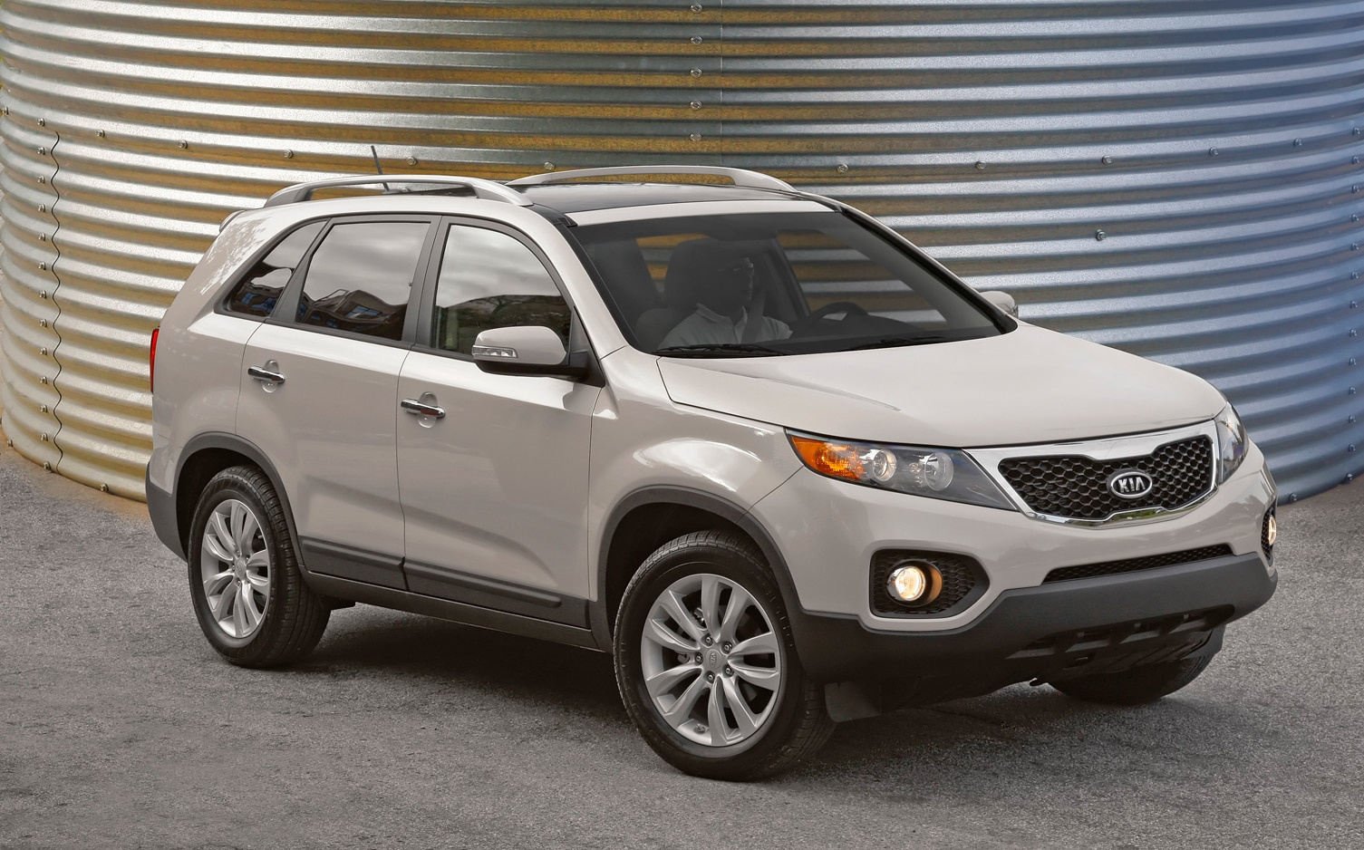2012 Kia Sorento Front Right Side View 5
