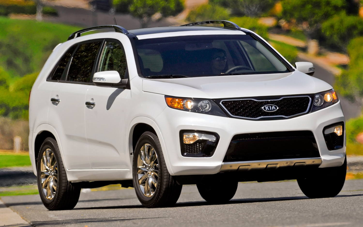 2012 Kia Sorento Front Right View 3