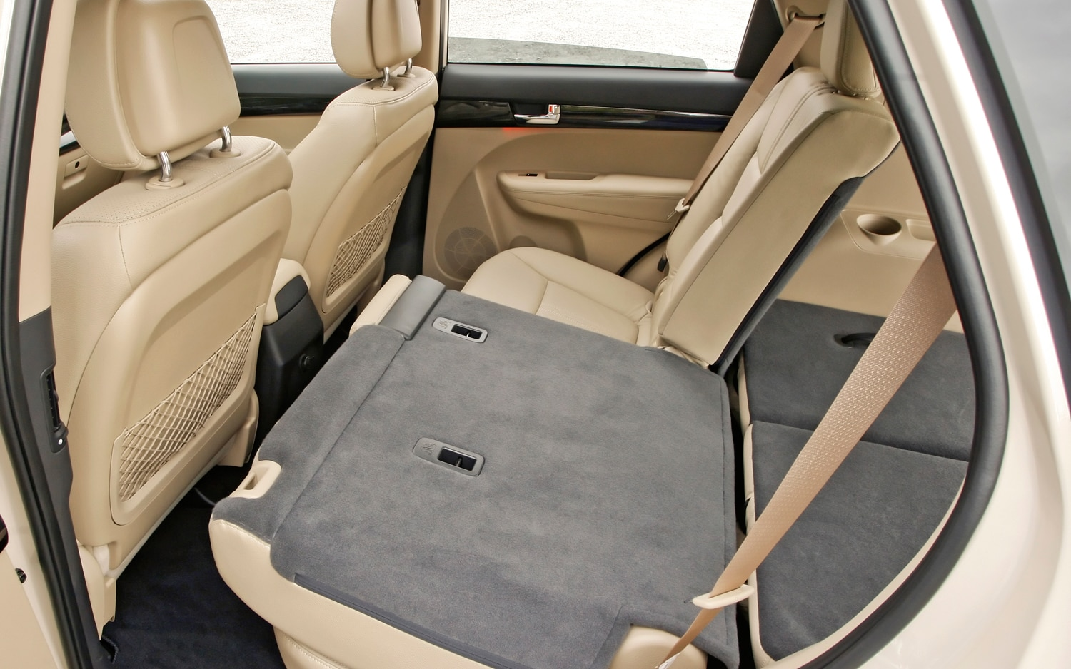 2012 Kia Sorento Rear Seats Folded