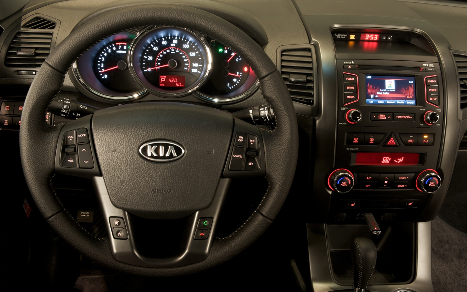 2012 Kia Sorento Steering Wheel 2