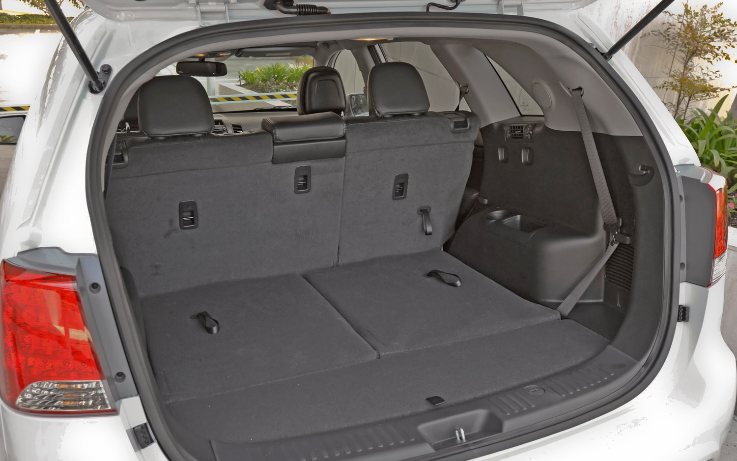 2012 Kia Sorento Trunk Space