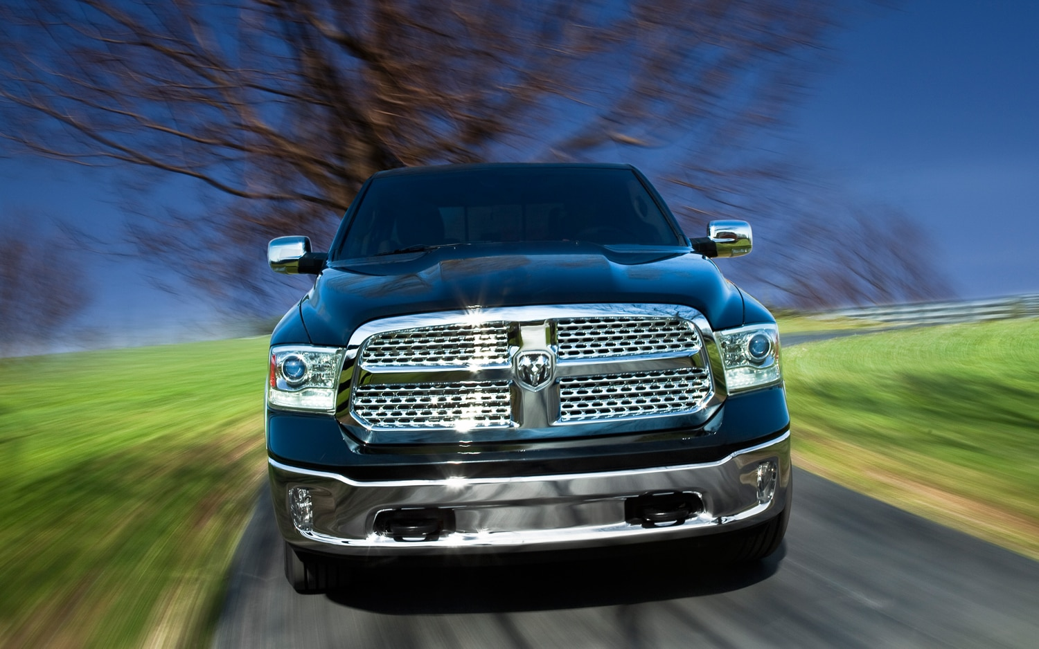 2013 Ram 1500 Front Profile In Motion