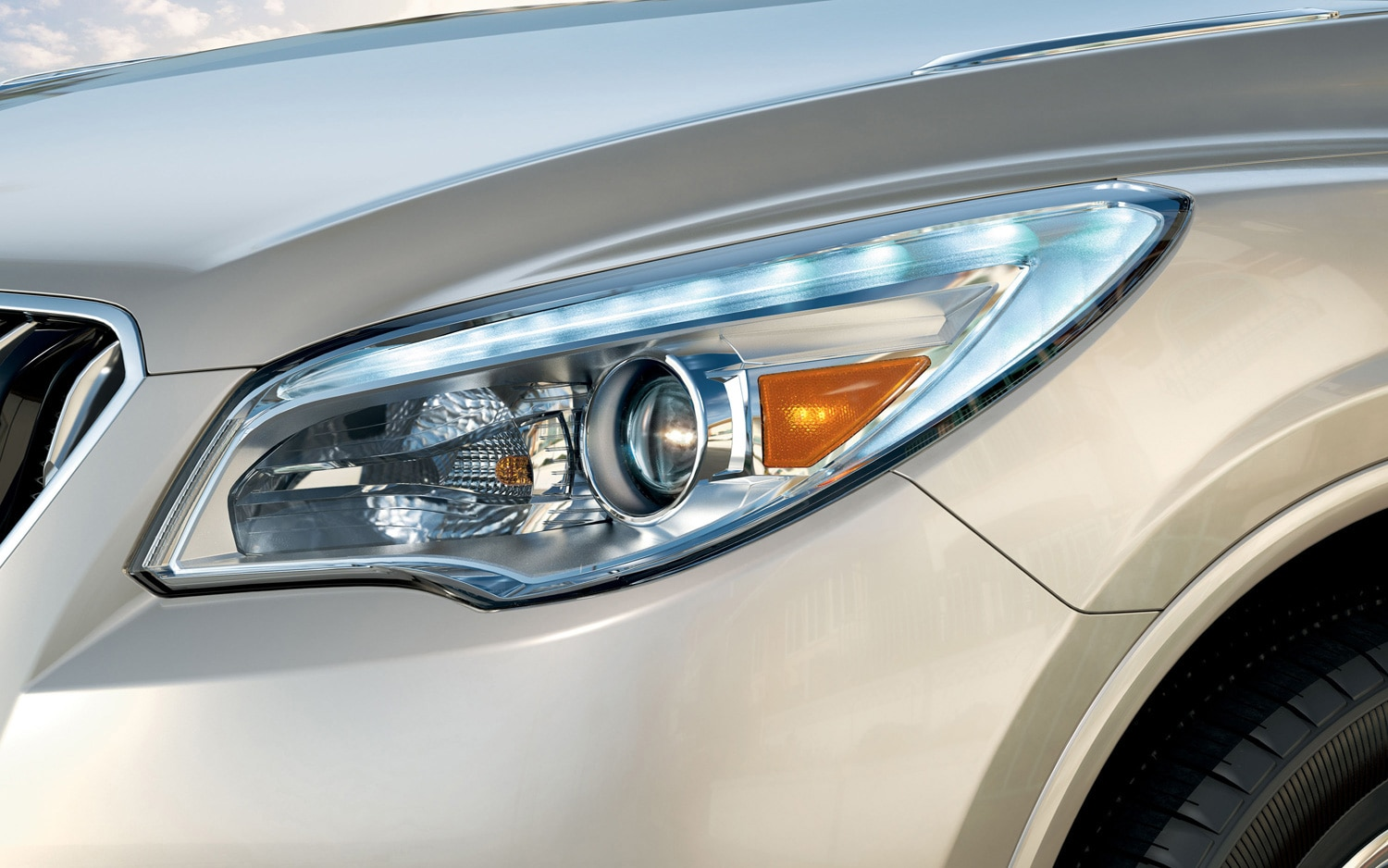 2013 Buick Enclave Headlamp