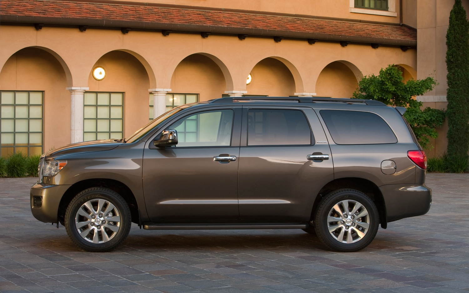 2012 Toyota Sequoia Side