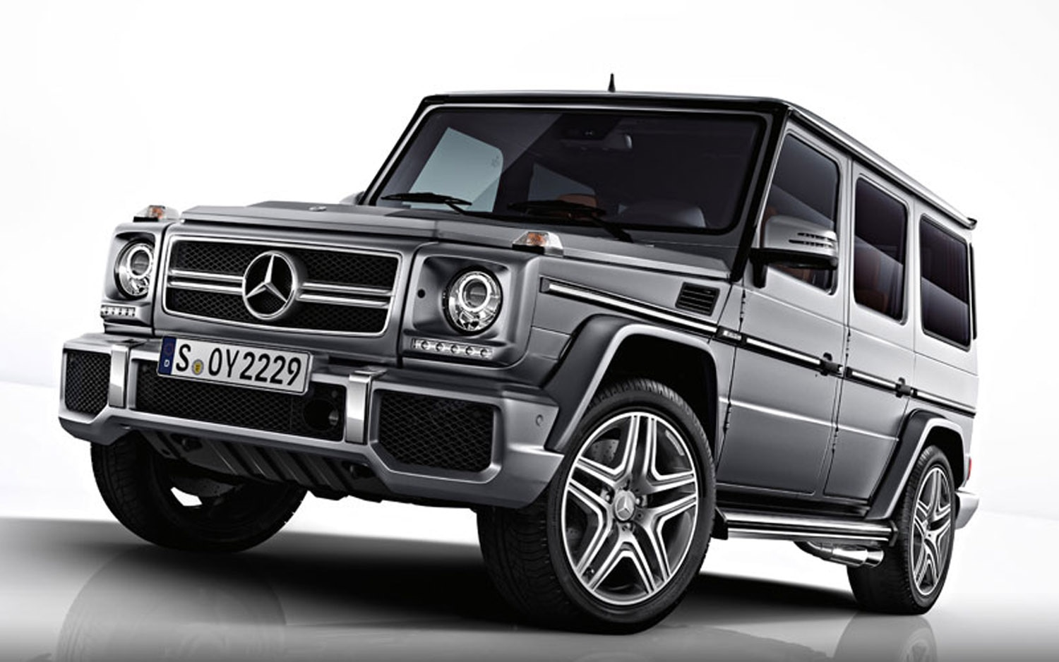 2013 Mercedes Benz G63 AMG Front Three Quarter