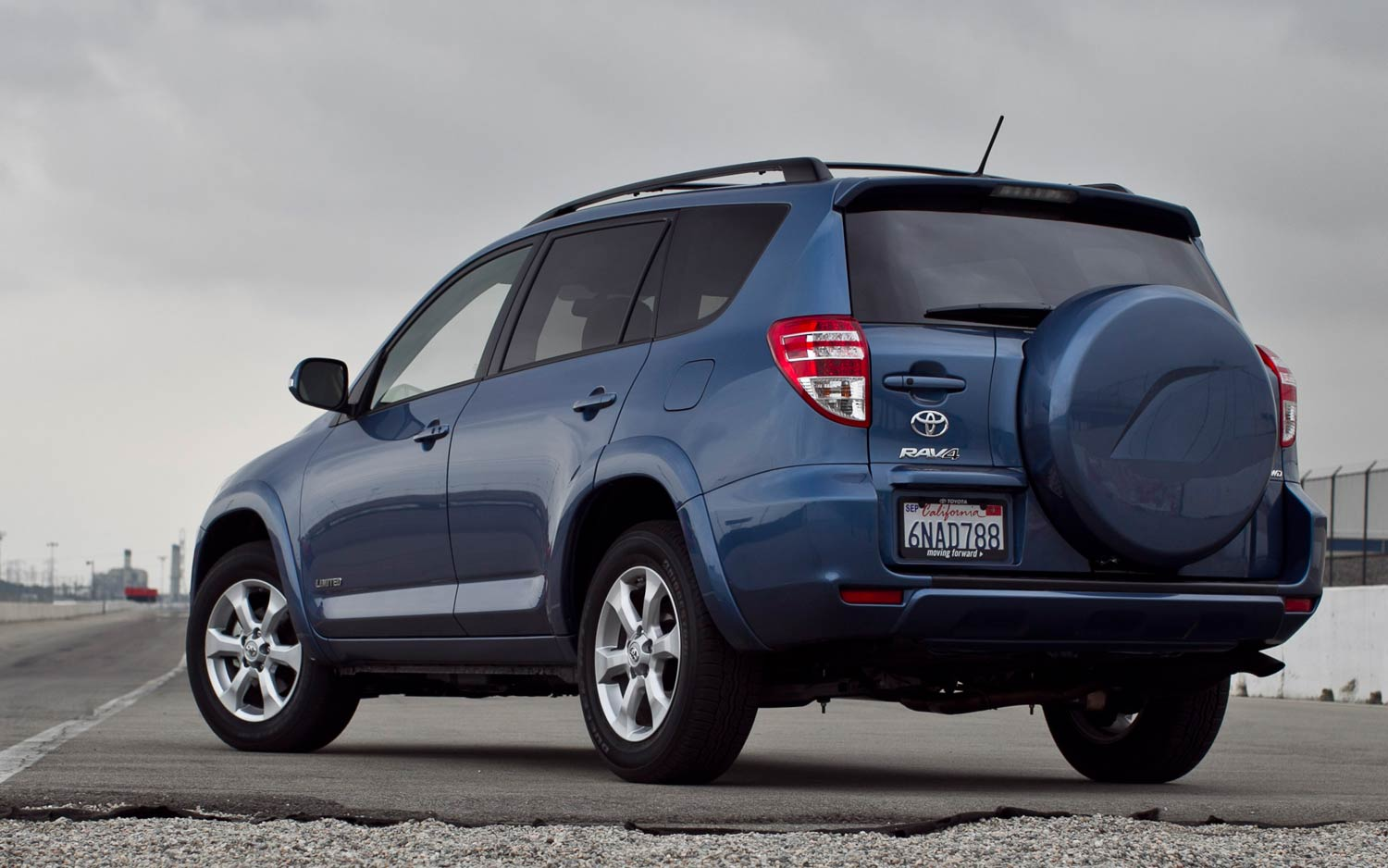 2011 Toyota Rav4 Limited V 6 Rear Three Quarters