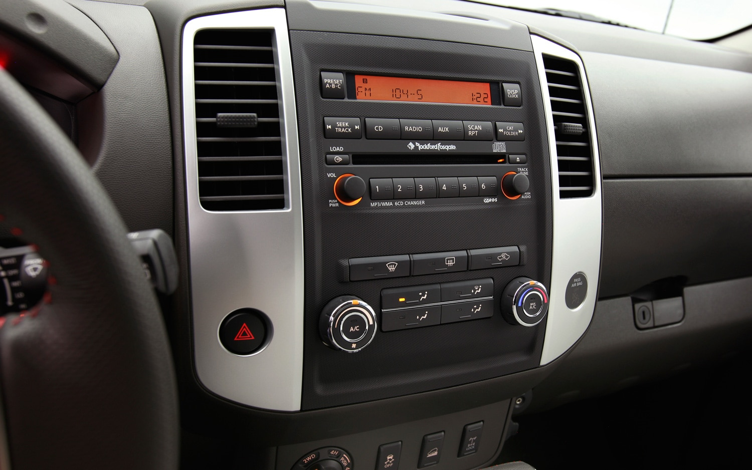 2012 Nissan Xterra Audio Controls