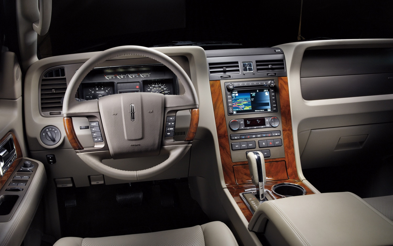 2012 Lincoln Navigator Dash View