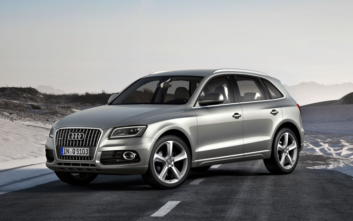 First Look 2013 Audi Q5 Photo Image Gallery