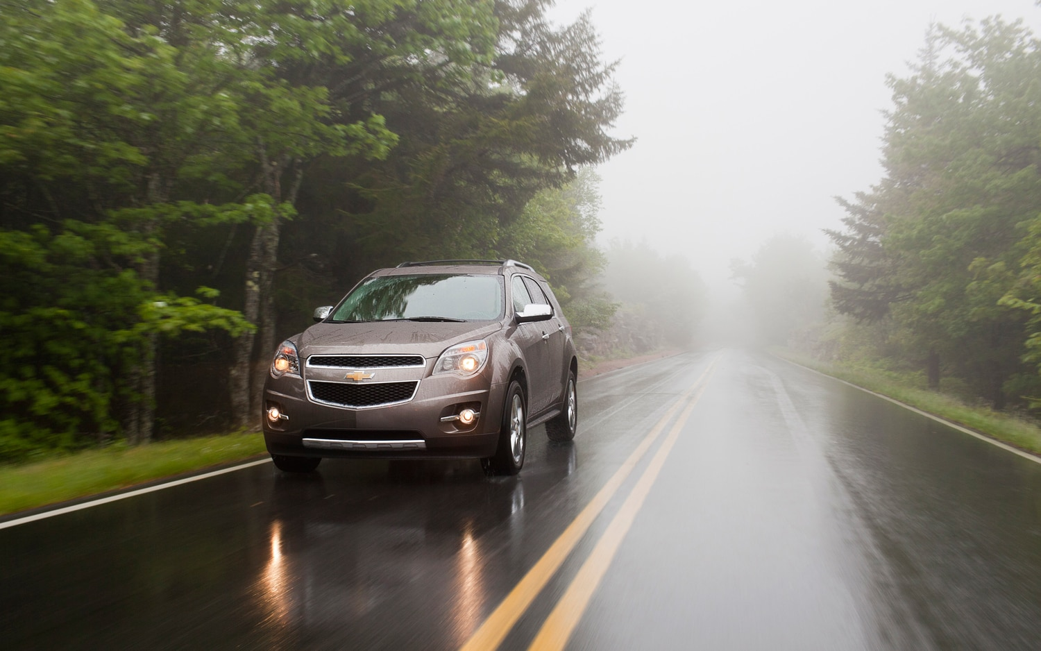 2013 Chevrolet Equinox Front View In Motion