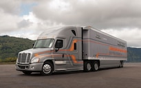 2014 Freightliner Cascadia Evolution Achieves More Than 10 MPG in