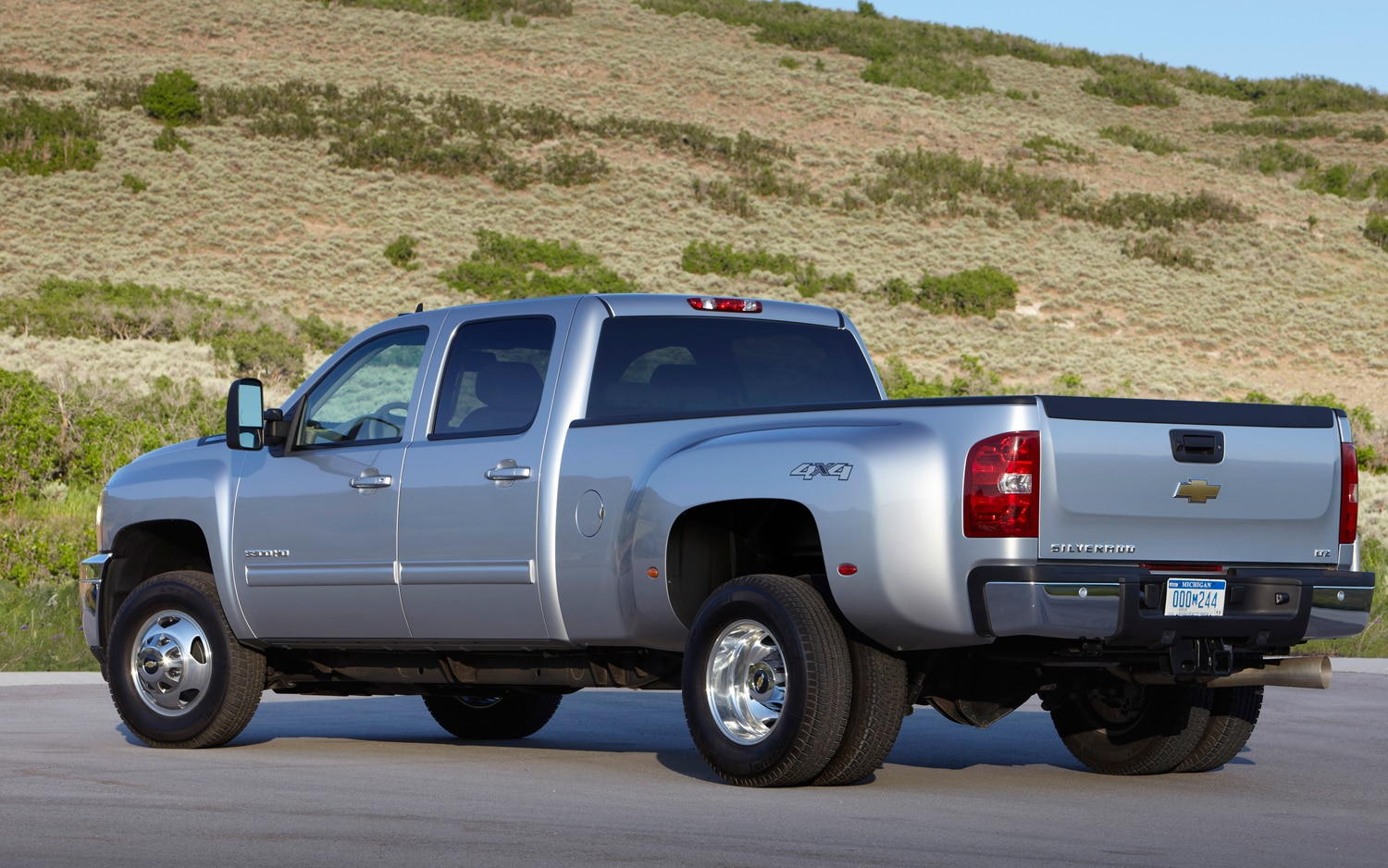 2013 Chevrolet Silverado HD Rear View