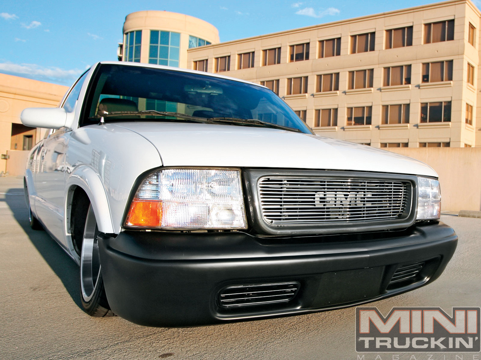 Chevy S10 Gmc Sonoma Front End Replacement Mini Truckin Magazine