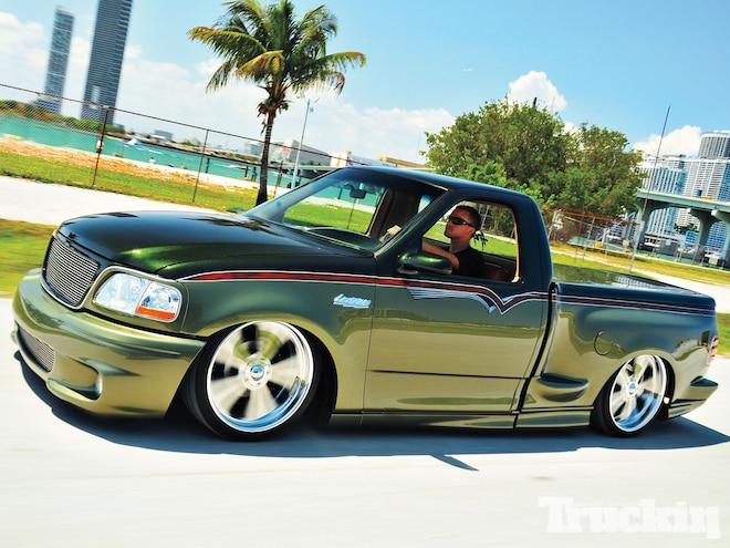 2000 ford f 150 svt lightning slammed svt truckin magazine truck trend