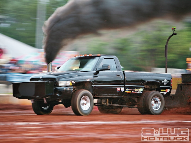 The TS Weekend - Outlaw Drags and Sled Pull - 8-Lug Magazine