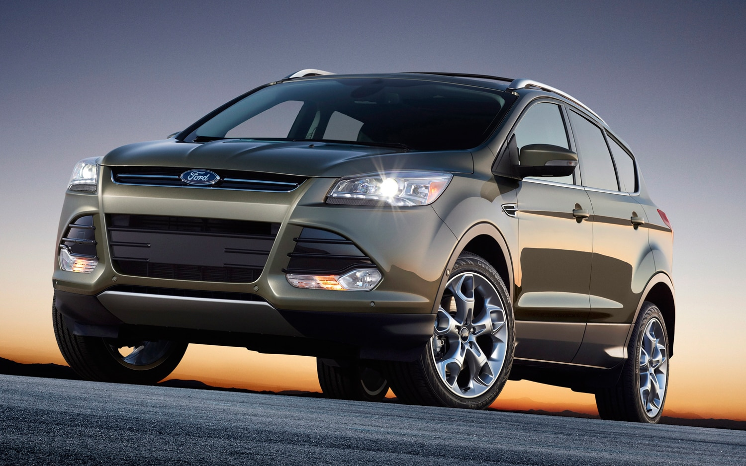 2013 Ford Escape Front Three Quarters