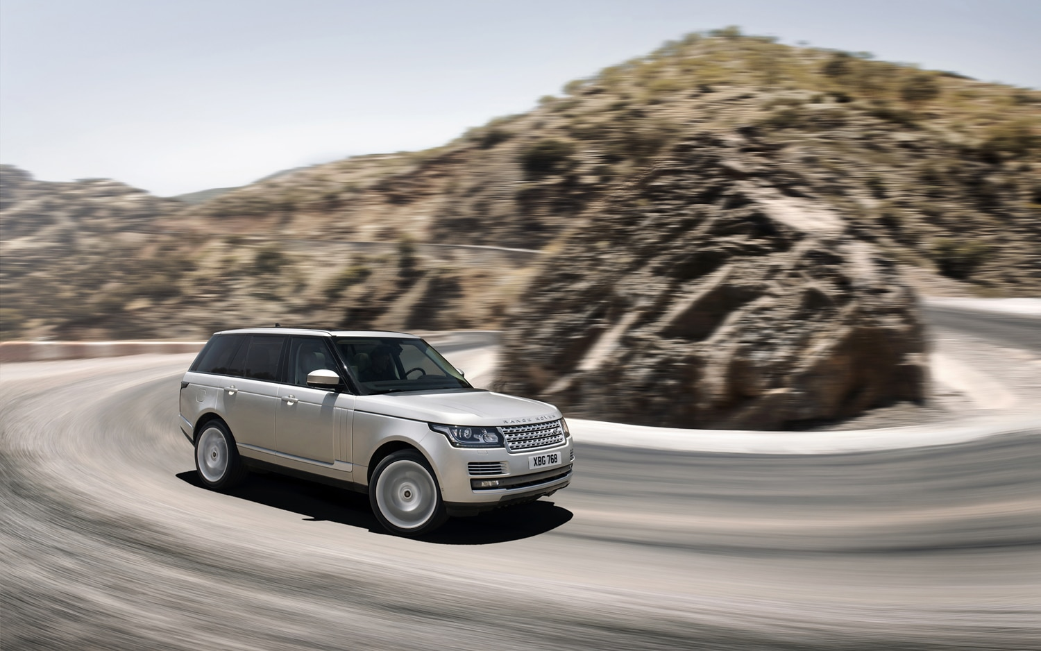 2013 Land Rover Range Rover Front Three Quarter Turn