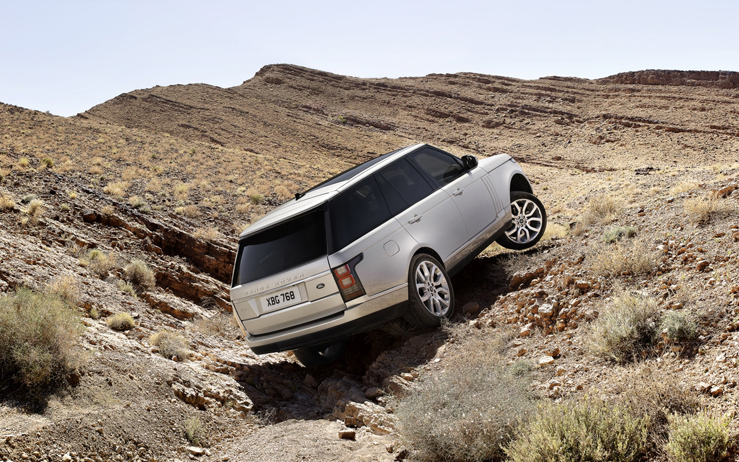 2013 Land Rover Range Rover Rear Three Quarter Up Hill