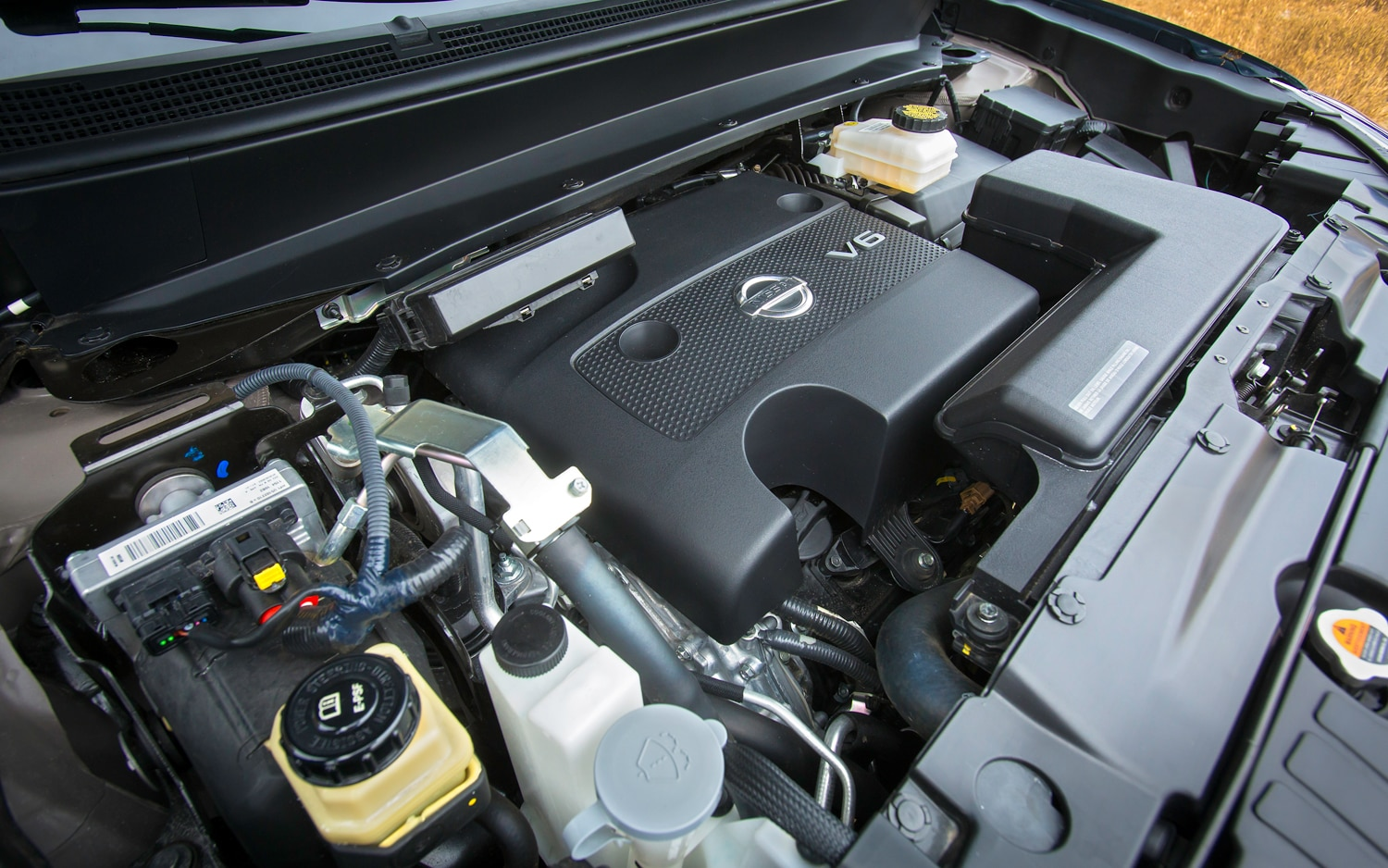 2013 Nissan Pathfinder Engine Bay