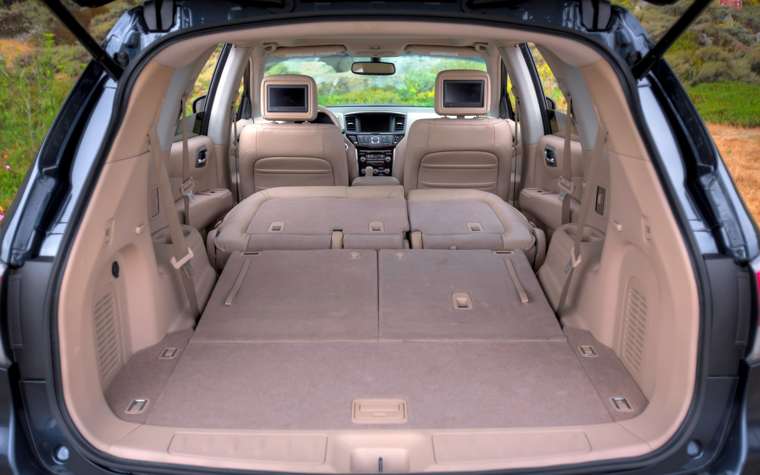 2013 Nissan Pathfinder Rear Cargo Seats Fully Folded