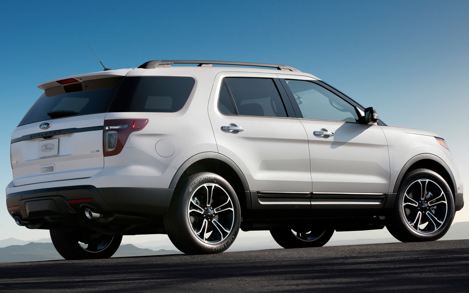 2013 Ford Explorer Nets Five-Star Crash Rating