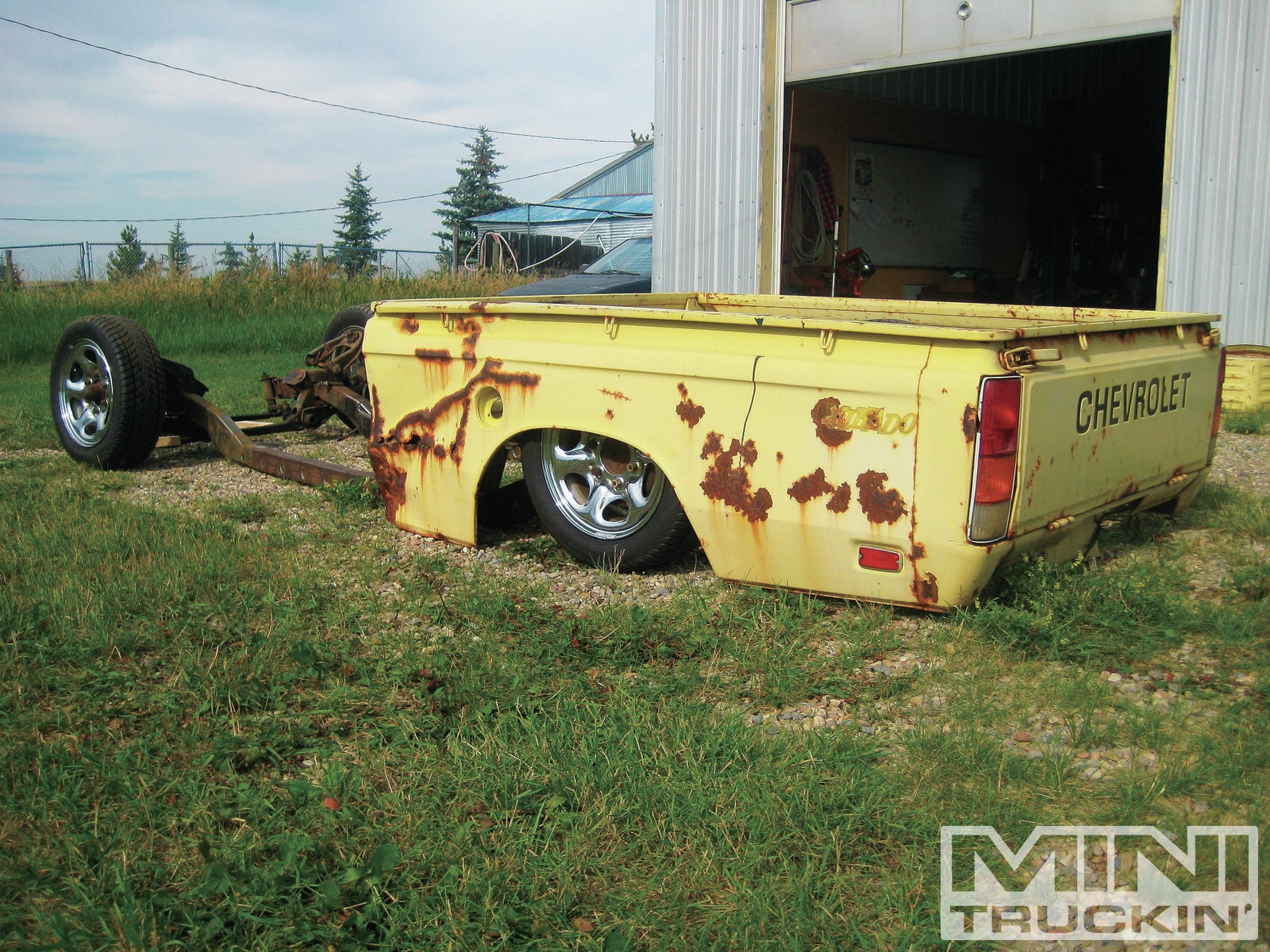1302mt 20 Chevy Luv Four Link Bed