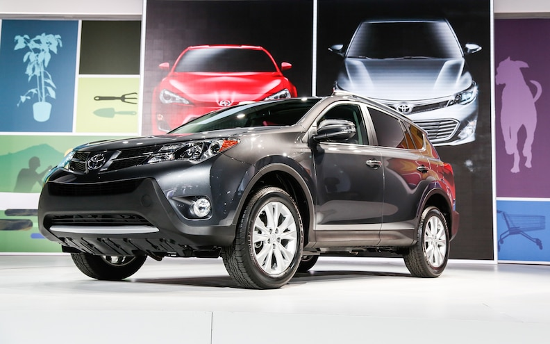2013 Toyota RAV4 First Look