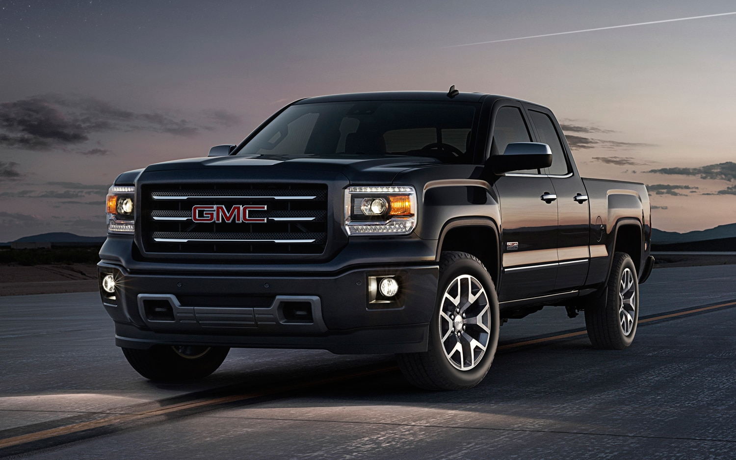 2014 GMC Sierra Front Three Quarter View