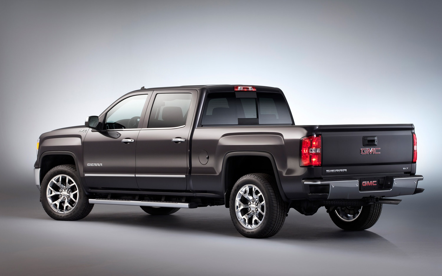 2014 GMC Sierra Rear View 2