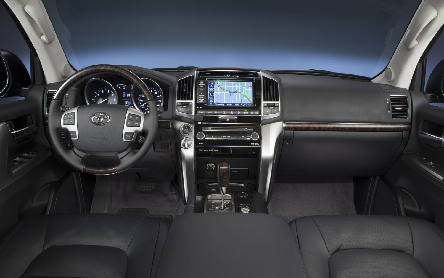 2013 Toyota Land Cruiser Dashboard