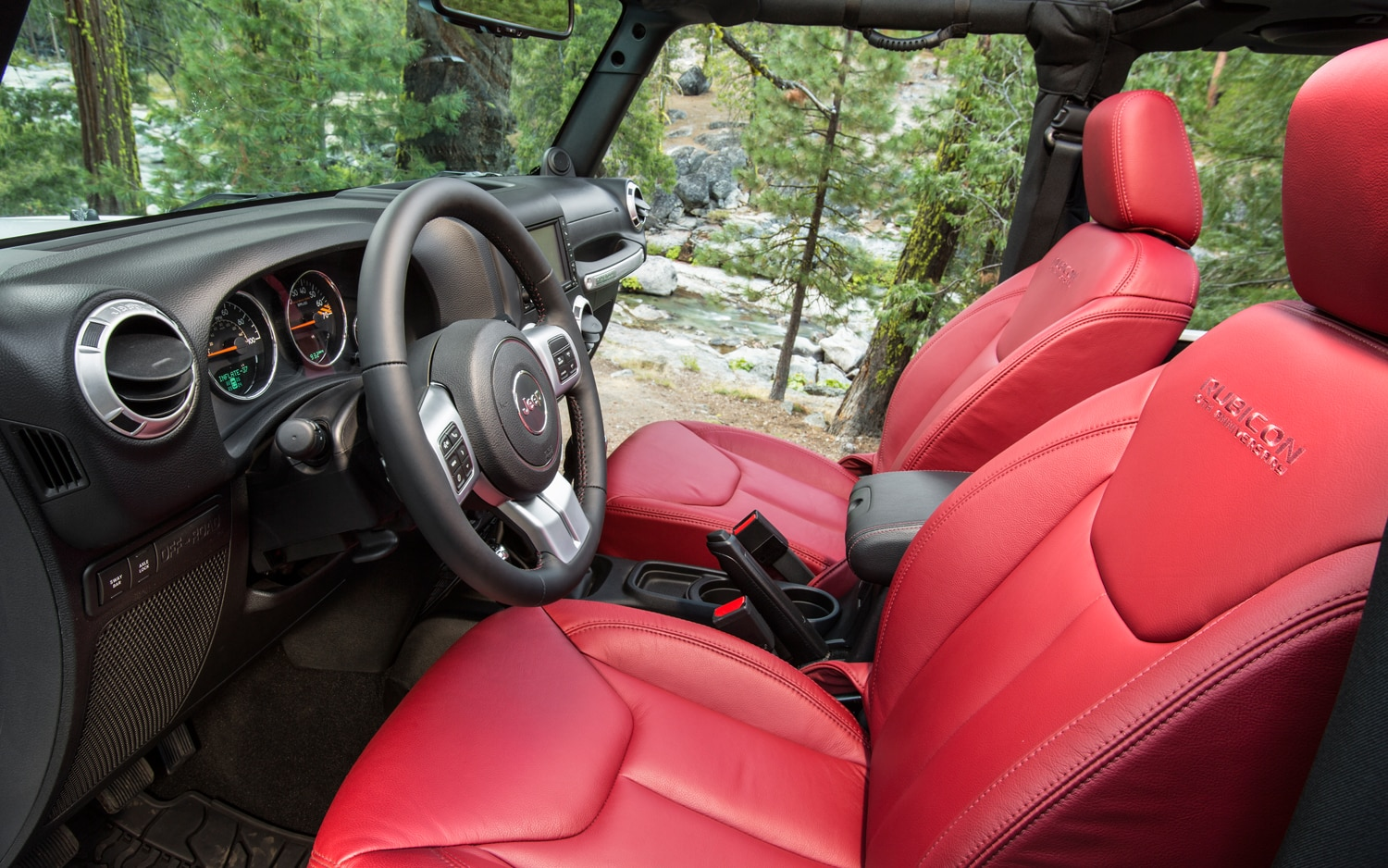 2013 Jeep Wrangler Rubicon Interior