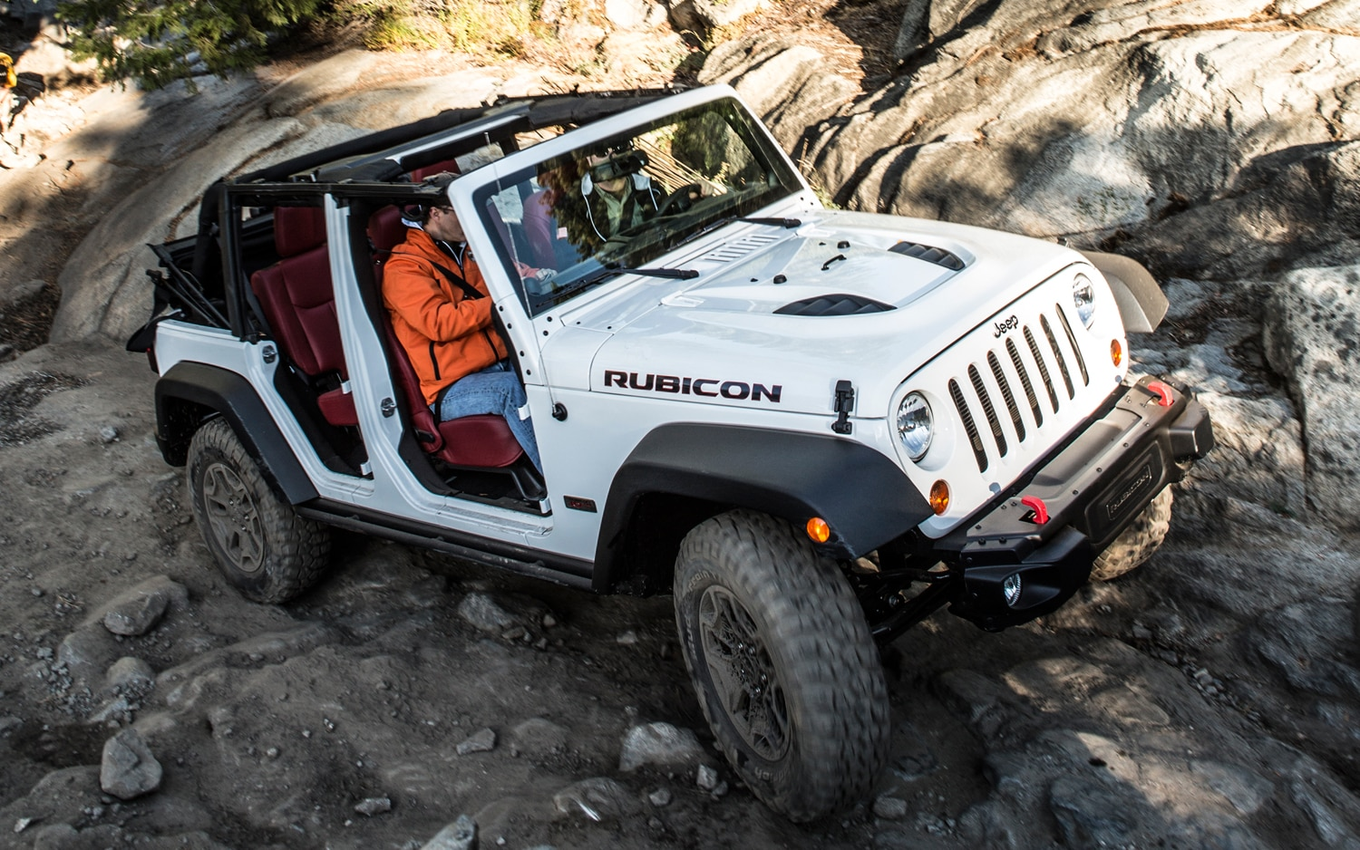 2013 Jeep Wrangler Rubicon Unlimited Front 05
