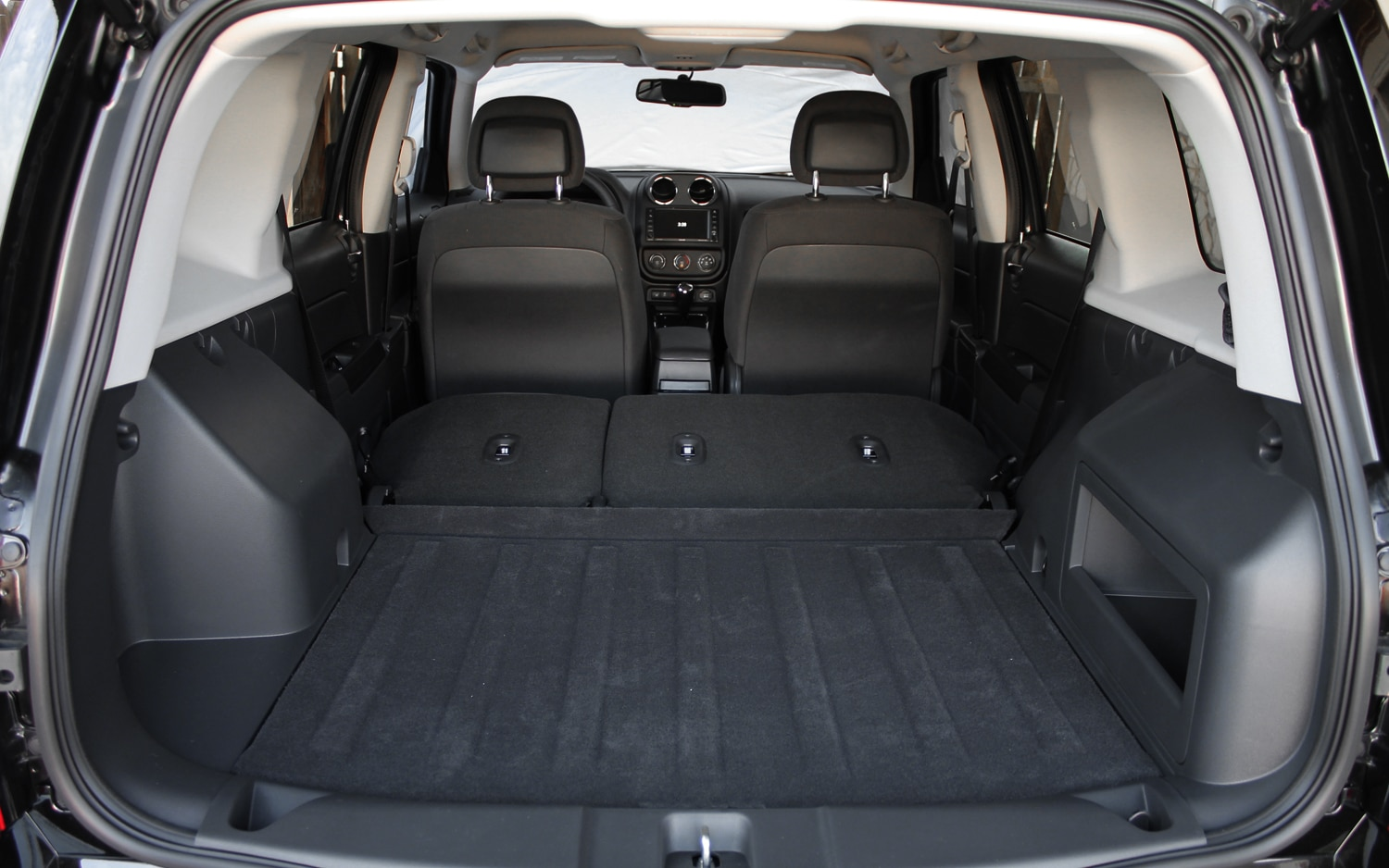 2013 Jeep Patriot Latitude 4X4 Rear Interior Cargo Space 03